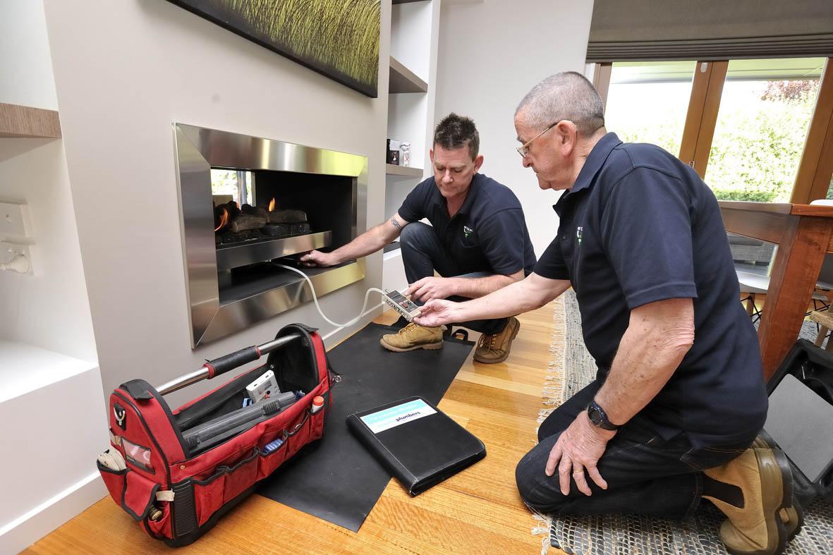 Gas Heaters & Gas Log Fires | Carbon Monoxide Testing | Tomlinson Plumbing | Geelong | Torquay | Barwon Heads | Ocean Grove