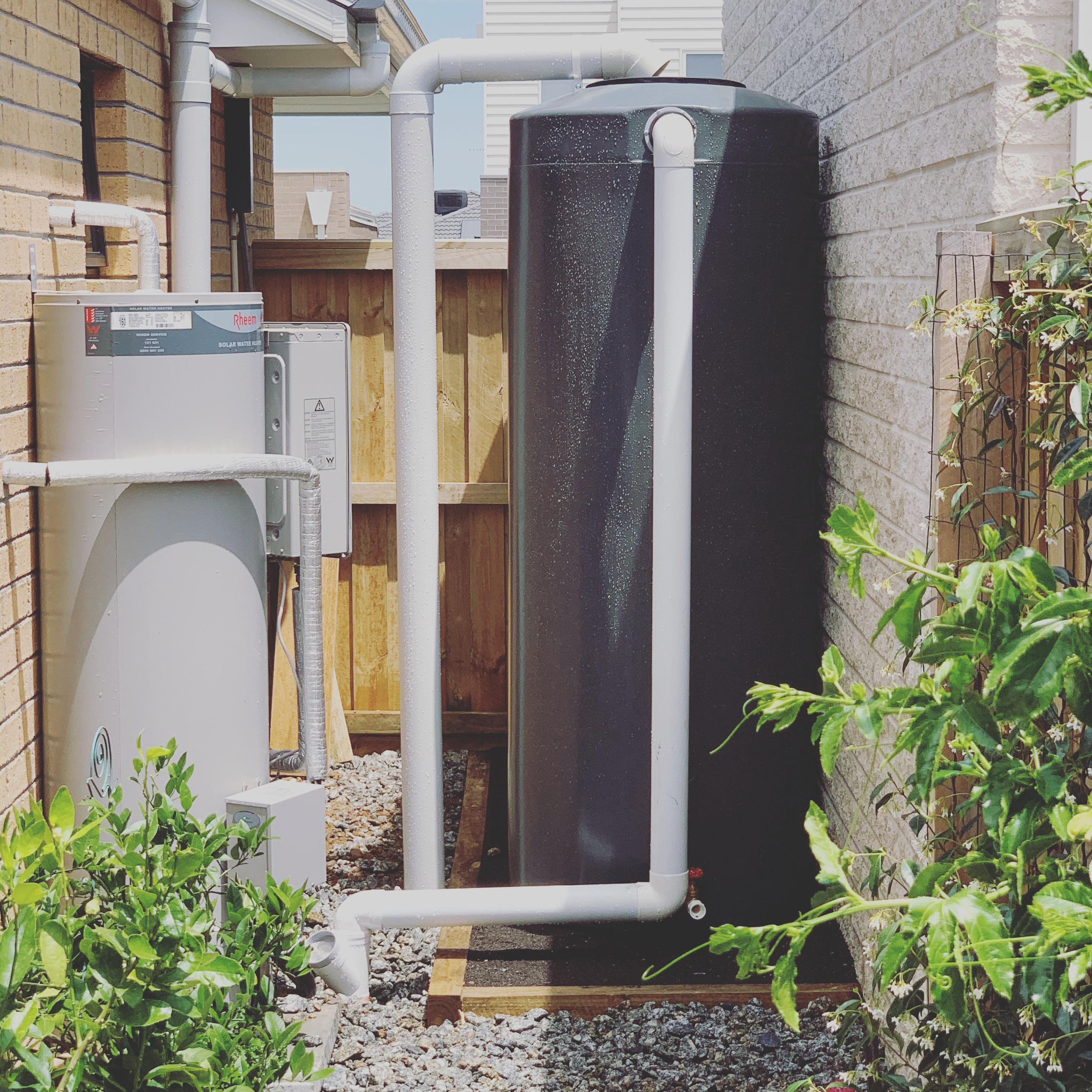 Rain water tanks & pumps | Geelong | Torquay | Ocean Grove | Barwon Heads | Tomlinson Plumbing